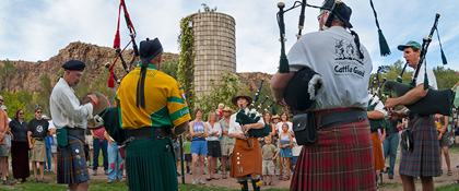 Bagpipes and drums at the 2004 Festival of the Mabon in Lyons