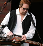 Jerry Douglas (photo: Benko Photographics)