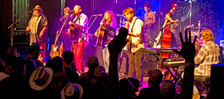Leftover Salmon at the Palm Theatre (photo: Benko Photographics)