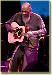 Richie Havens at the 2007 Folks Fest (photo: Tim Benko)