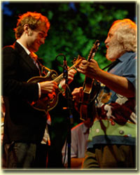 Chris Thile & David Grisman (photo: Laura Klein)
