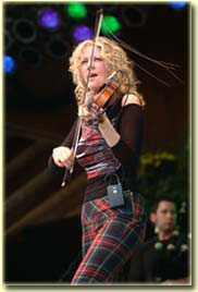 Natalie MacMaster (photo: Benko Photographics)